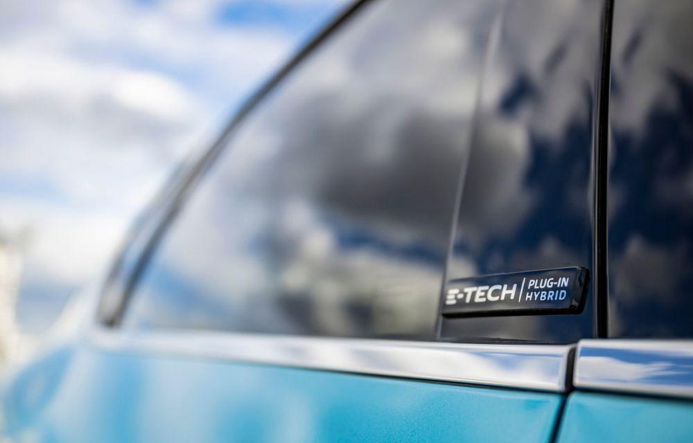 Renault deschide în România pre-comenzile pentru versiunea plug-in hybrid a lui Captur: 28.800 de euro pentru varianta de echipare de top - Poza 12