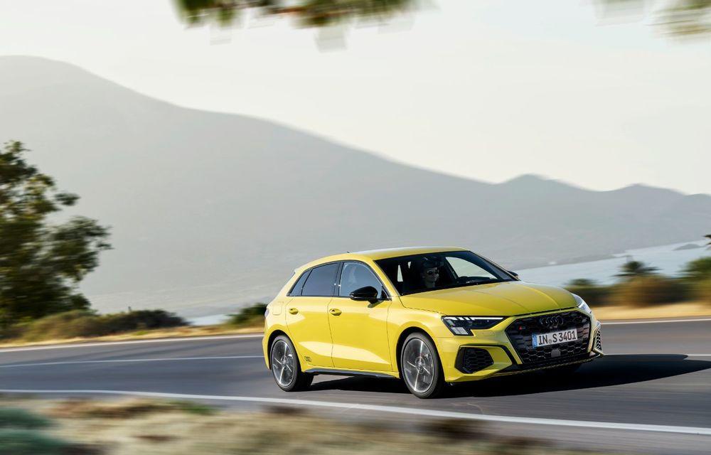 Audi a prezentat noile S3 Sportback și S3 Sedan: motor de 2.0 litri cu 310 CP și 400 Nm - Poza 34