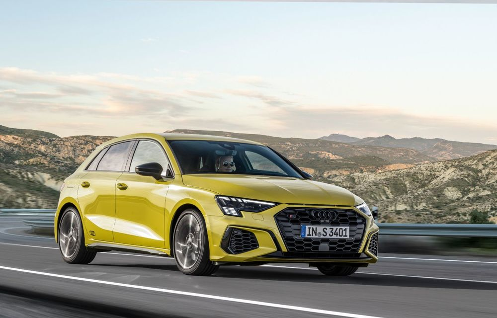 Audi a prezentat noile S3 Sportback și S3 Sedan: motor de 2.0 litri cu 310 CP și 400 Nm - Poza 36