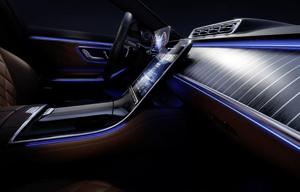 Detalii despre interiorul noii generații Mercedes-Benz Clasa S: sistemul de iluminare va oferi avertizări la activarea unor sisteme de asistență - Poza 1