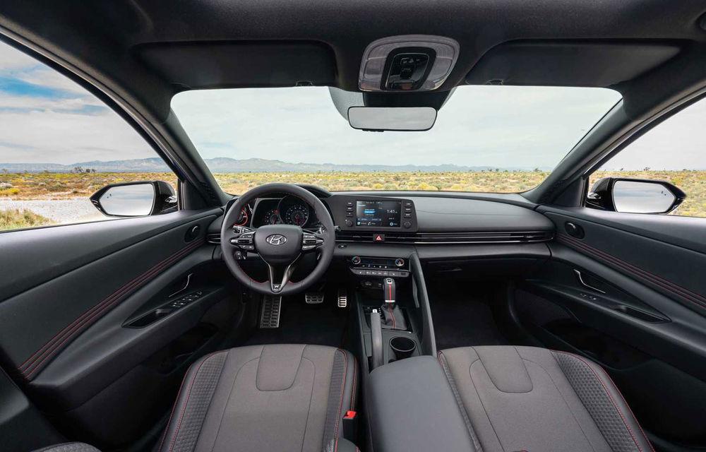Informații noi despre Hyundai Elantra N-Line: sedanul are un motor turbo de 1.6 litri și 203 cai putere - Poza 8