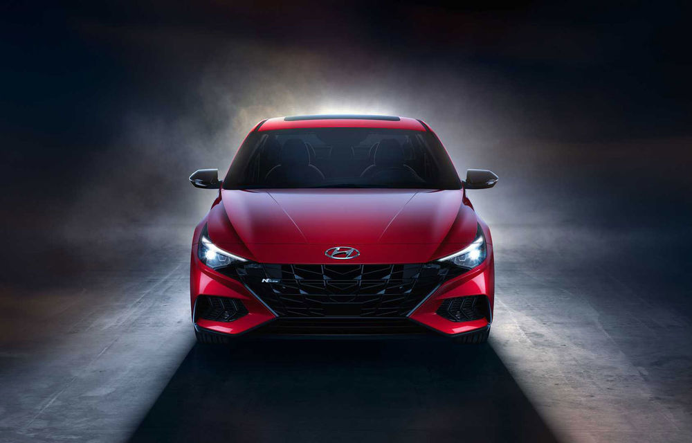 Informații noi despre Hyundai Elantra N-Line: sedanul are un motor turbo de 1.6 litri și 203 cai putere - Poza 2