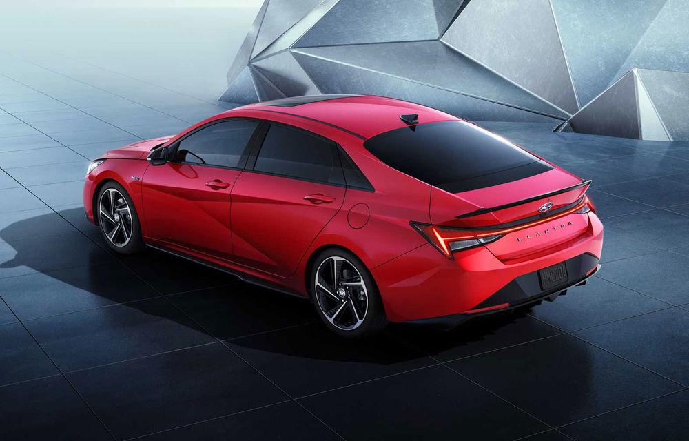Informații noi despre Hyundai Elantra N-Line: sedanul are un motor turbo de 1.6 litri și 203 cai putere - Poza 6