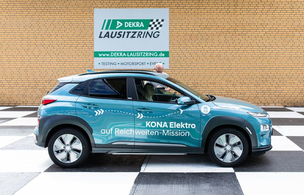 Record de autonomie pentru Hyundai Kona Electric: SUV-ul a parcurs 1.026 de kilometri pe un circuit de teste în condiții speciale - Poza 3