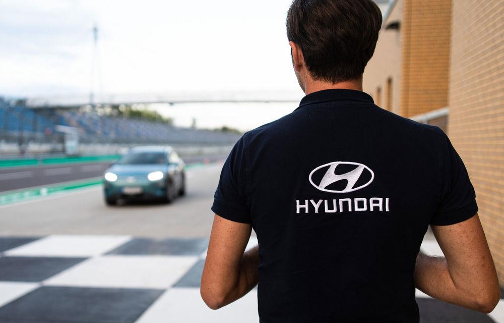 Record de autonomie pentru Hyundai Kona Electric: SUV-ul a parcurs 1.026 de kilometri pe un circuit de teste în condiții speciale - Poza 10