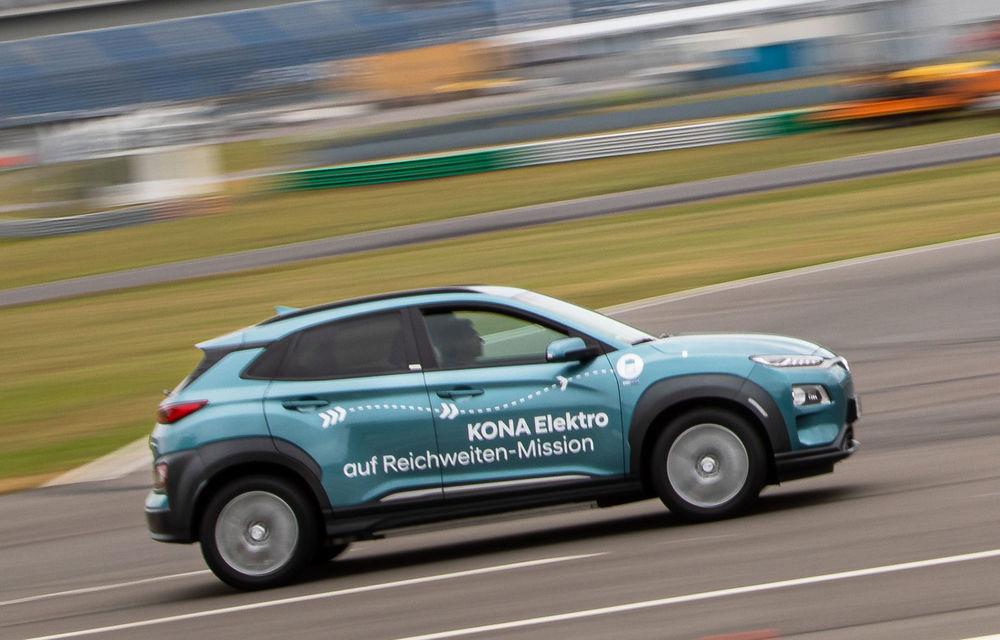 Record de autonomie pentru Hyundai Kona Electric: SUV-ul a parcurs 1.026 de kilometri pe un circuit de teste în condiții speciale - Poza 4