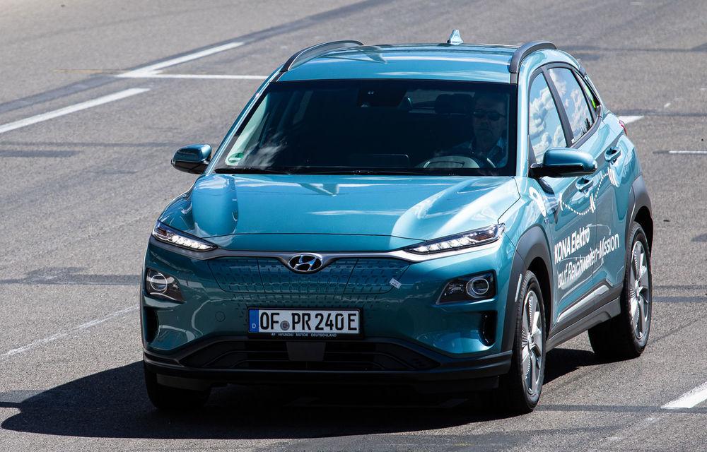 Record de autonomie pentru Hyundai Kona Electric: SUV-ul a parcurs 1.026 de kilometri pe un circuit de teste în condiții speciale - Poza 2