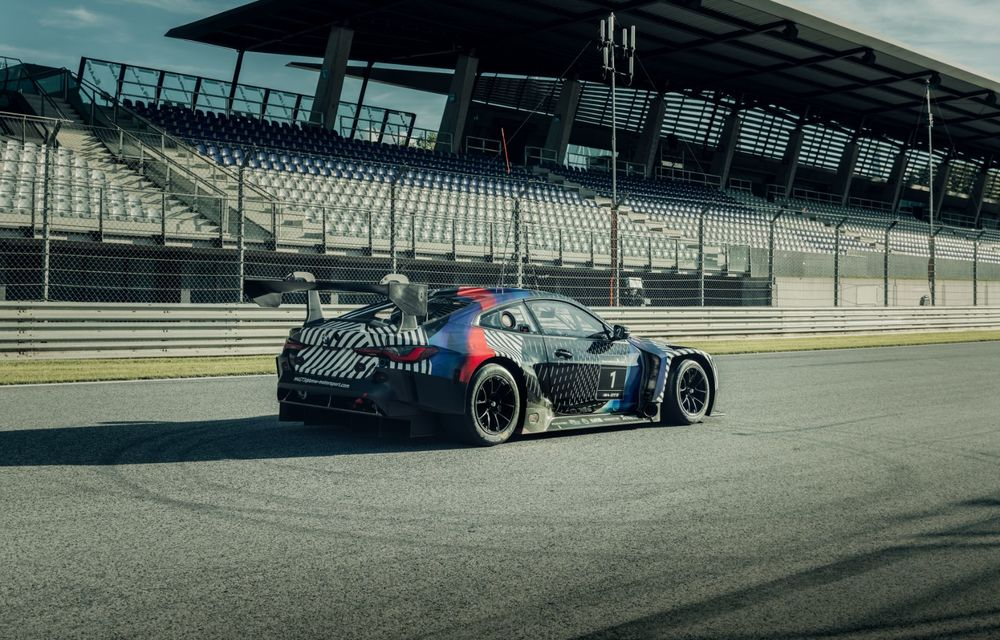 Imagini camuflate cu prototipurile viitoarelor M4 Coupe și M4 GT3: modelul de stradă va fi prezentat în luna septembrie, în timp ce versiunea de competiții va debuta în 2021 - Poza 11