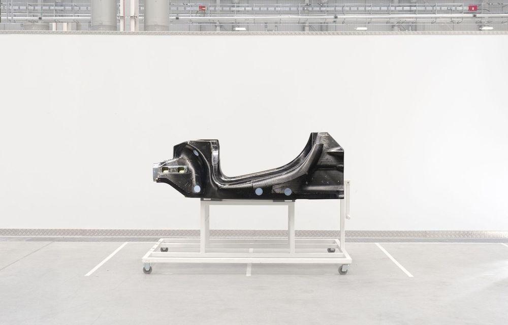 McLaren prezintă noua arhitectură pentru viitoarele supercaruri electrificate: primul McLaren hibrid va fi lansat în 2021 - Poza 1