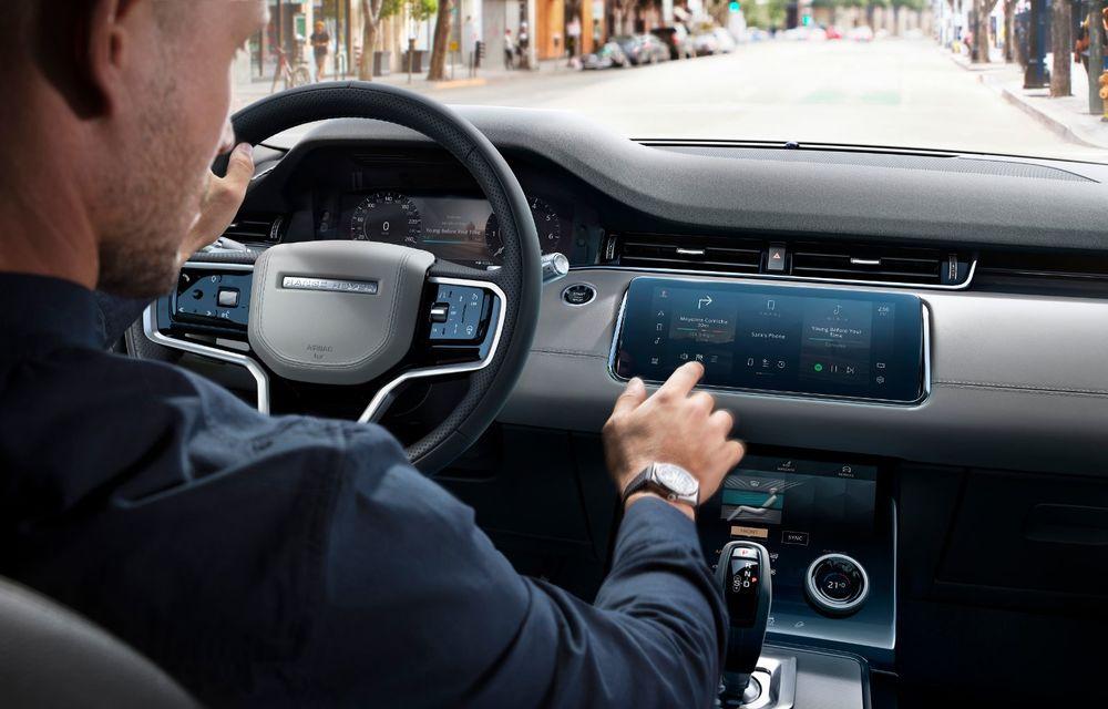 Îmbunătățiri pentru Range Rover Evoque și Land Rover Discovery Sport: motoare diesel mild-hybrid și un sistem nou de infotainment - Poza 12