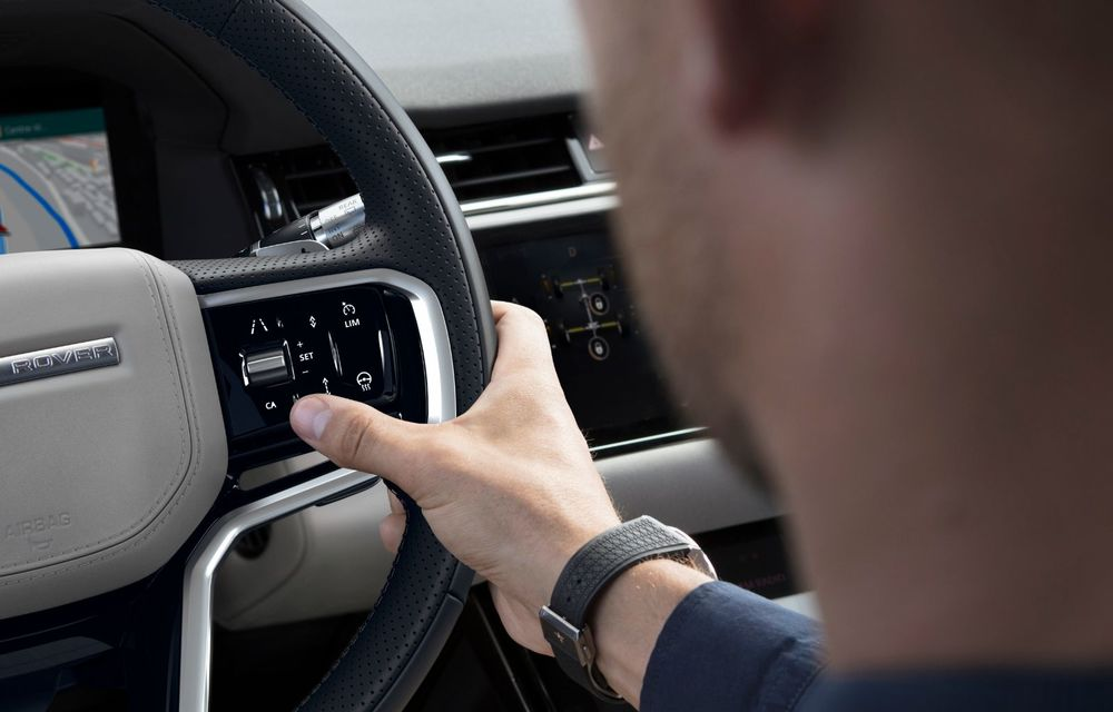 Îmbunătățiri pentru Range Rover Evoque și Land Rover Discovery Sport: motoare diesel mild-hybrid și un sistem nou de infotainment - Poza 15