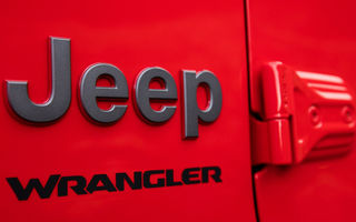 Un nou teaser video pentru viitorul Jeep Wrangler plug-in hybrid: versiunea va fi prezentată în luna decembrie