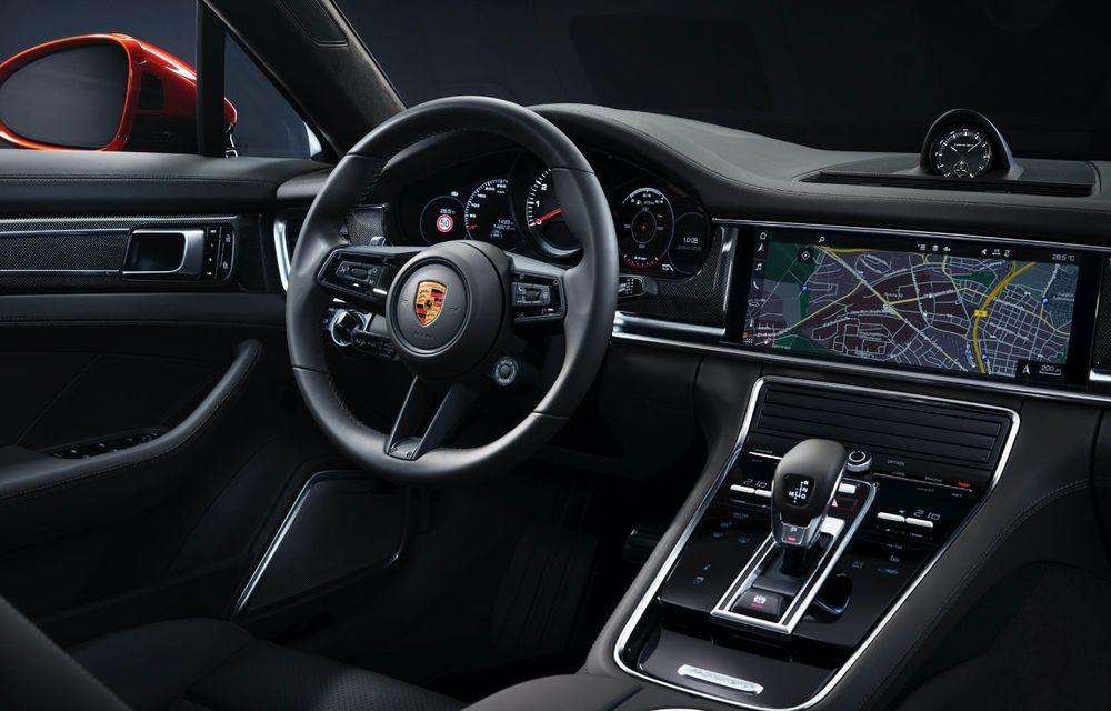 Porsche a prezentat Panamera facelift: nemții introduc versiunea Turbo S cu 630 CP și o nouă variantă plug-in hybrid cu autonomie electrică de până la 54 de kilometri - Poza 15