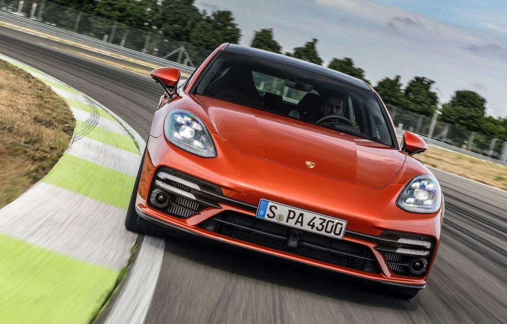 Porsche a prezentat Panamera facelift: nemții introduc versiunea Turbo S cu 630 CP și o nouă variantă plug-in hybrid cu autonomie electrică de până la 54 de kilometri - Poza 5