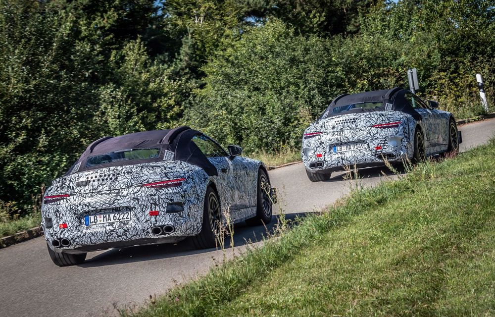 Primele imagini cu prototipurile viitorului Mercedes-Benz SL Roadster: modelul ar urma să debuteze în 2021 - Poza 7