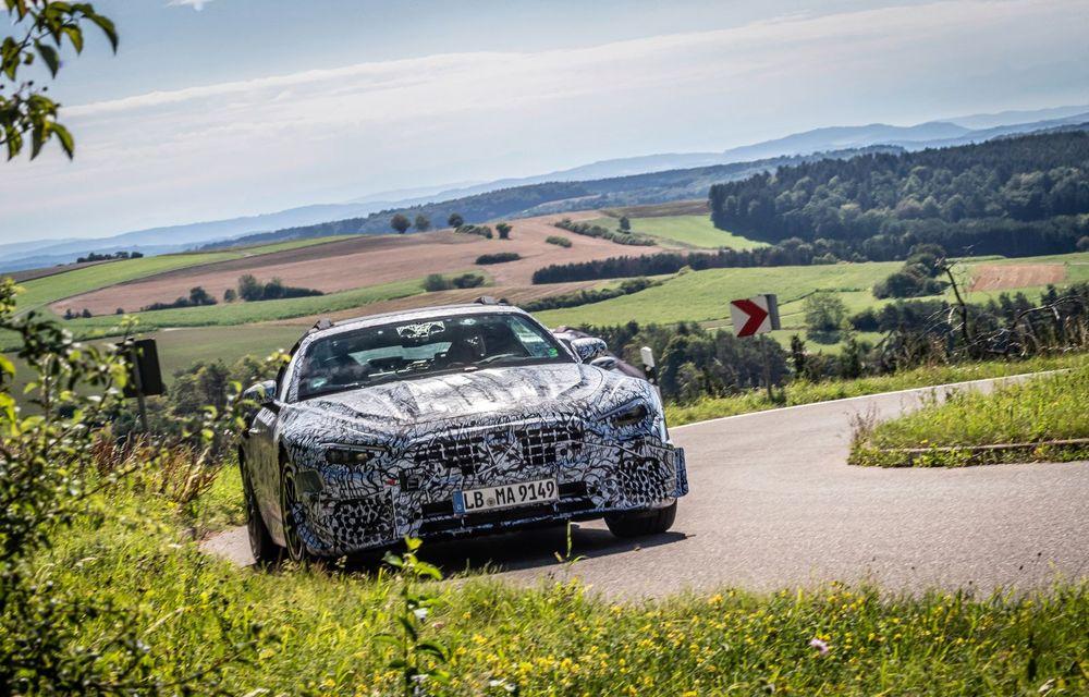 Primele imagini cu prototipurile viitorului Mercedes-Benz SL Roadster: modelul ar urma să debuteze în 2021 - Poza 2