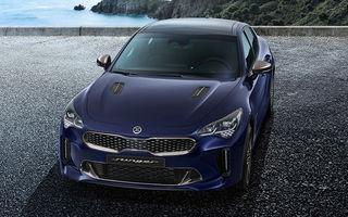 Informații despre motorizările lui Kia Stinger facelift: propulsorul V6 de 3.3 litri rămâne în ofertă, dar asiaticii renunță la unitatea diesel de 2.2 litri