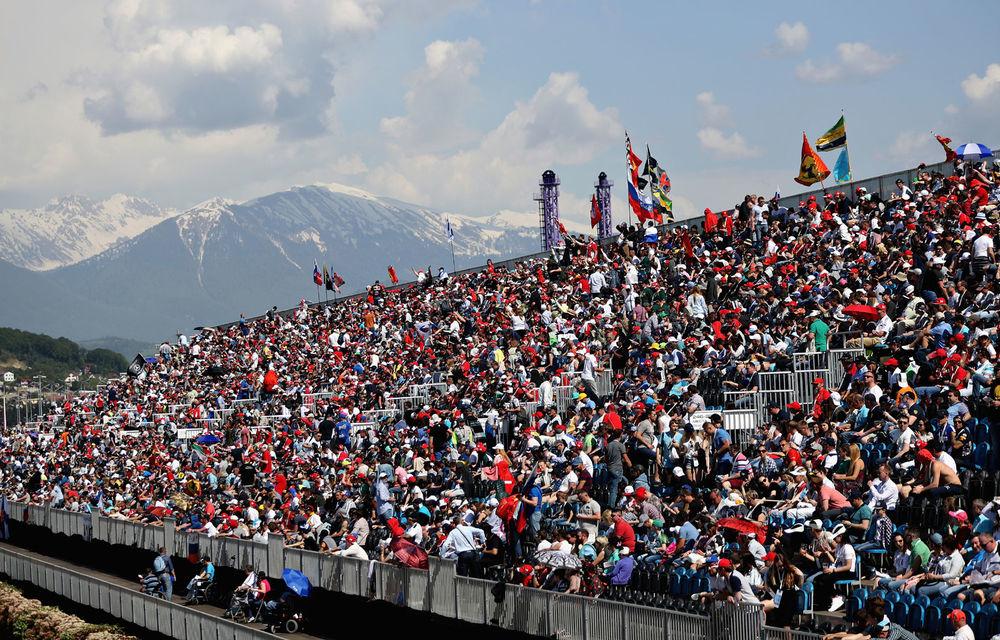 Fanii Formulei 1 vor reveni în tribune începând din septembrie: curse cu spectatori în Italia, Rusia,  Portugalia și Bahrain - Poza 1