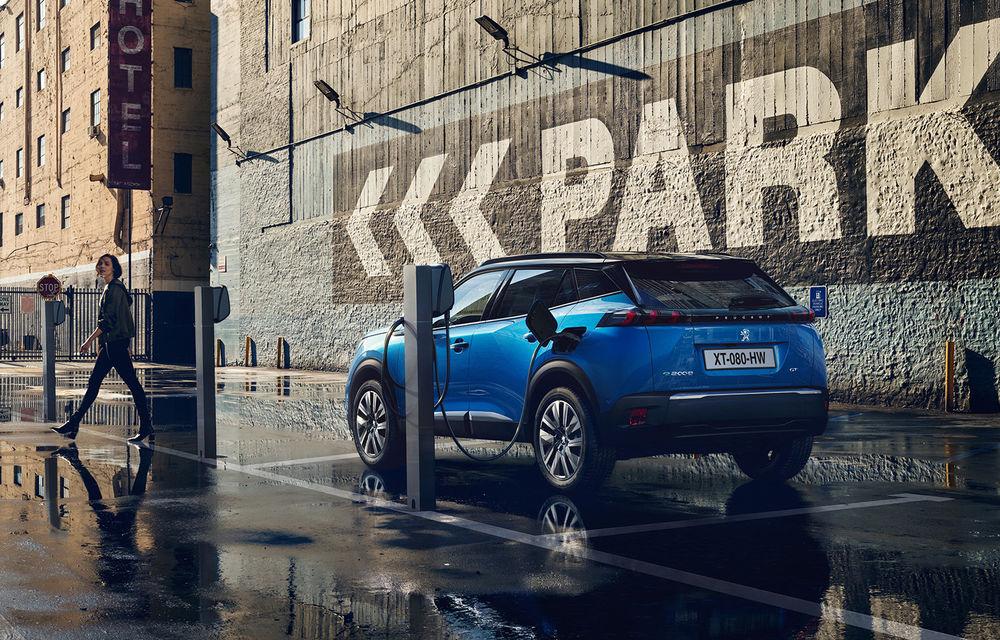 Facem cunoștință cu mașinile din #ElectricRomânia 2020: Peugeot e-2008, primul SUV electric al mărcii franceze - Poza 4