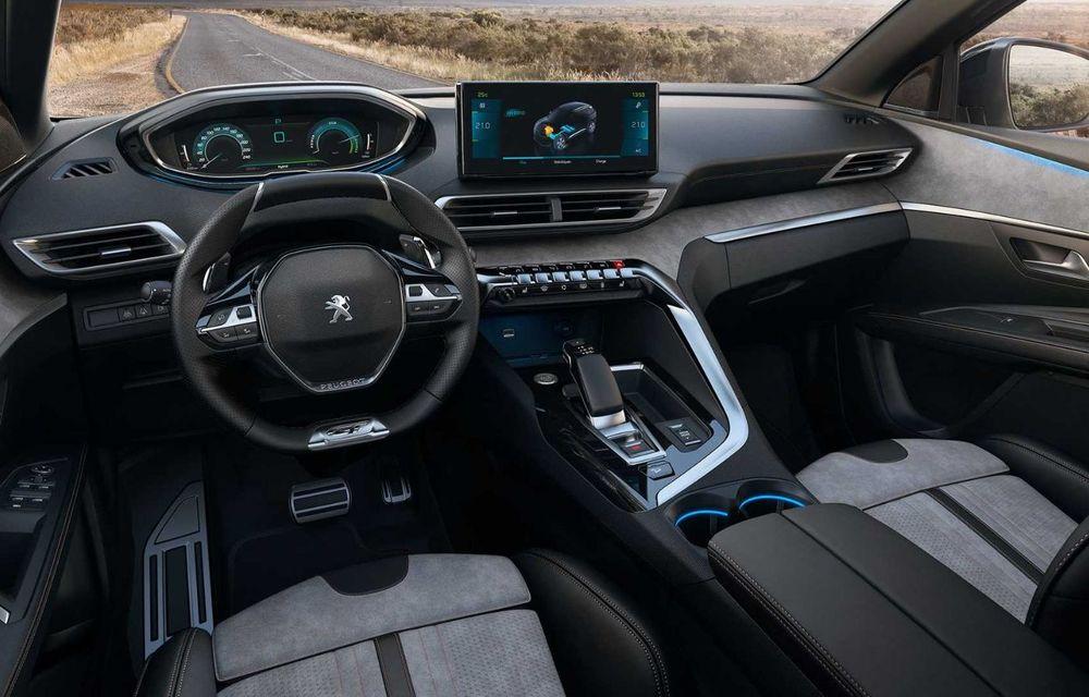 Peugeot a prezentat 3008 facelift: noutăți de design, sisteme de asistență îmbunătățite și versiuni plug-in hybrid cu până la 300 CP - Poza 5
