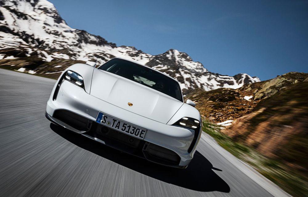Facem cunoștință cu mașinile din #ElectricRomânia 2020: Porsche Taycan Turbo, cel mai puternic model din turul României cu 8 mașini electrice - Poza 3