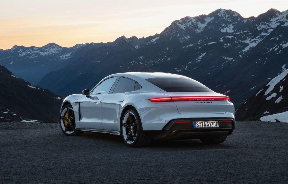 Facem cunoștință cu mașinile din #ElectricRomânia 2020: Porsche Taycan Turbo, cel mai puternic model din turul României cu 8 mașini electrice - Poza 15