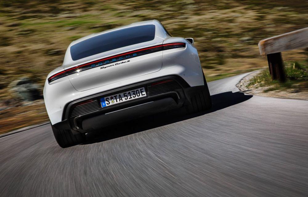 Facem cunoștință cu mașinile din #ElectricRomânia 2020: Porsche Taycan Turbo, cel mai puternic model din turul României cu 8 mașini electrice - Poza 4