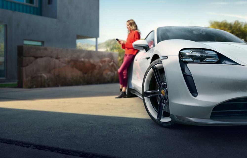 Facem cunoștință cu mașinile din #ElectricRomânia 2020: Porsche Taycan Turbo, cel mai puternic model din turul României cu 8 mașini electrice - Poza 10