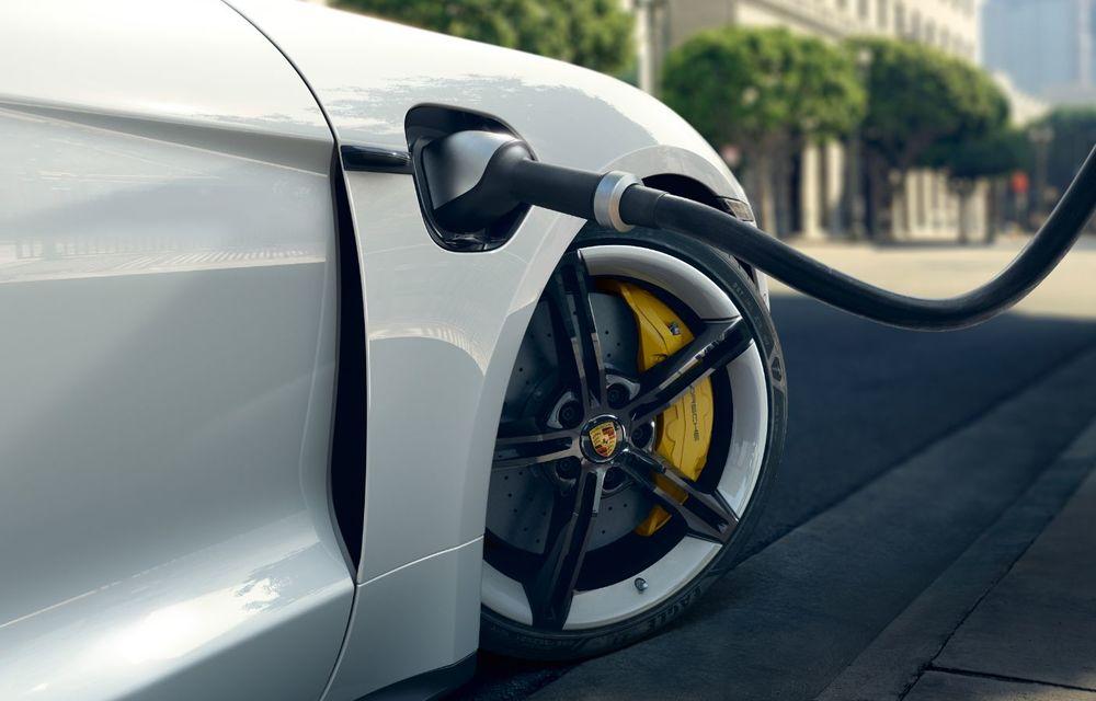 Facem cunoștință cu mașinile din #ElectricRomânia 2020: Porsche Taycan Turbo, cel mai puternic model din turul României cu 8 mașini electrice - Poza 18