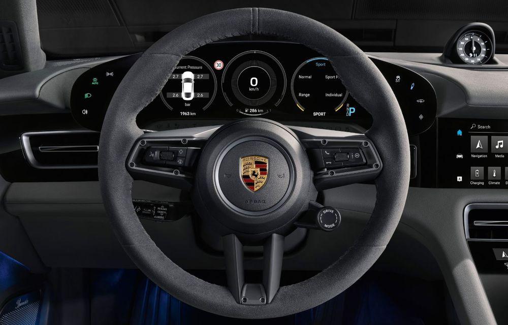 Facem cunoștință cu mașinile din #ElectricRomânia 2020: Porsche Taycan Turbo, cel mai puternic model din turul României cu 8 mașini electrice - Poza 26