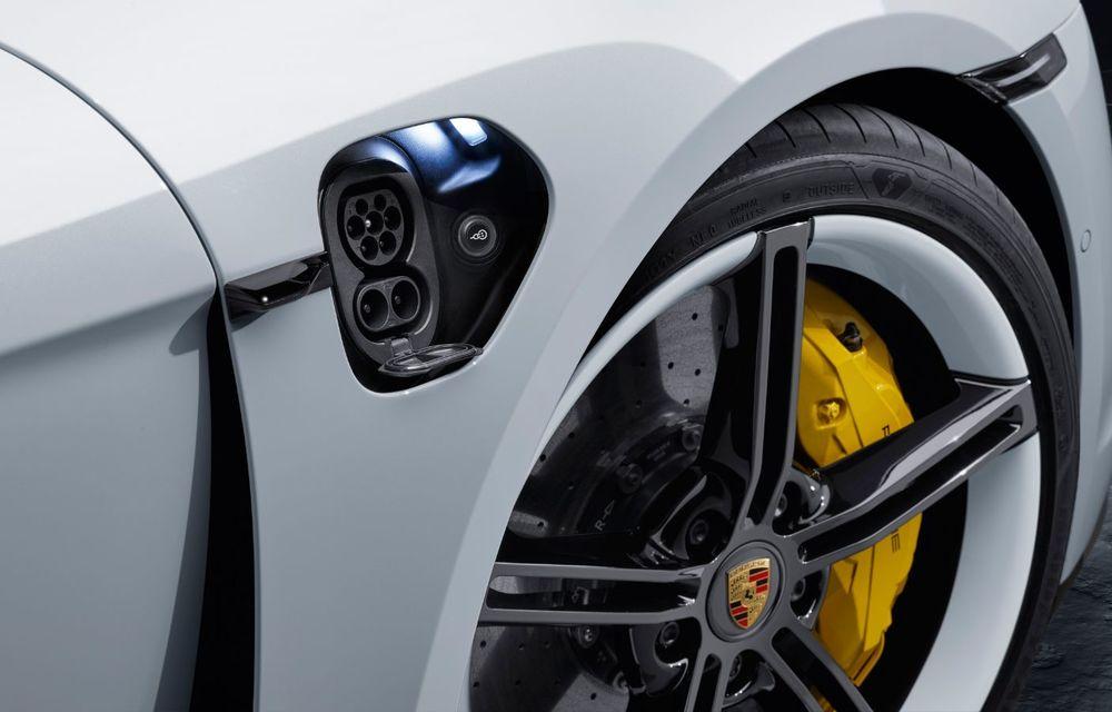 Facem cunoștință cu mașinile din #ElectricRomânia 2020: Porsche Taycan Turbo, cel mai puternic model din turul României cu 8 mașini electrice - Poza 17