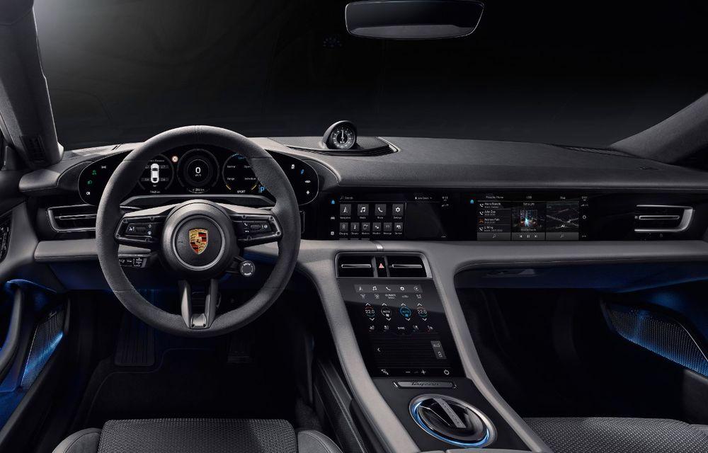 Facem cunoștință cu mașinile din #ElectricRomânia 2020: Porsche Taycan Turbo, cel mai puternic model din turul României cu 8 mașini electrice - Poza 21