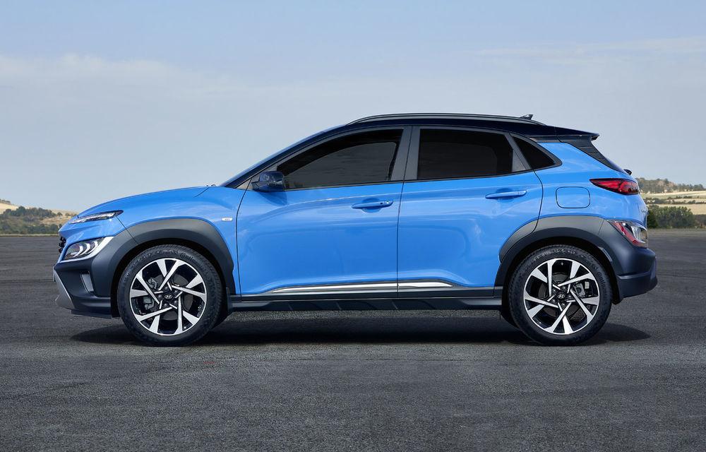 Hyundai prezintă Kona facelift: schimbări de design exterior, ecrane mai mari la interior, motorizări mild-hybrid și versiune N-Line - Poza 5