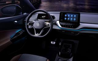 Primele imagini cu interiorul lui Volkswagen ID.4: SUV-ul electric va fi prezentat în luna septembrie