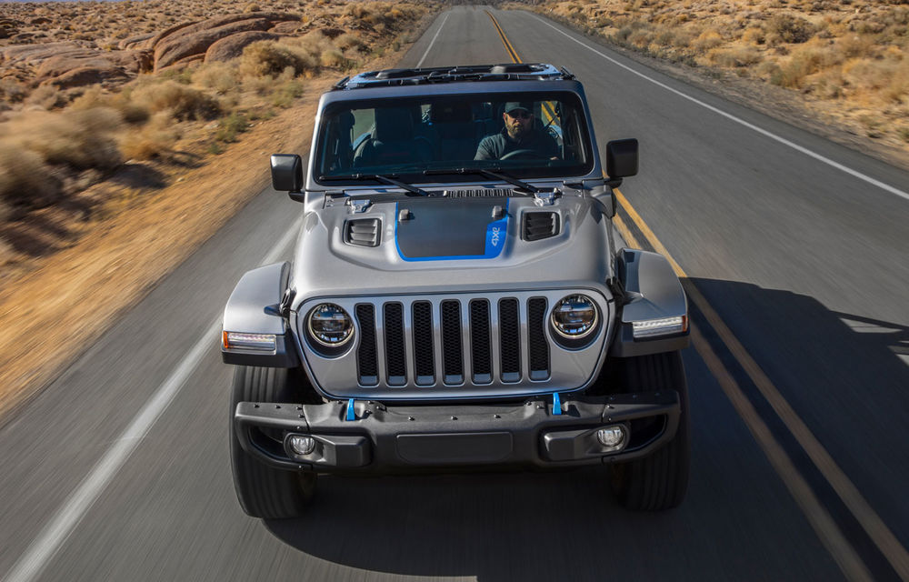Jeep Wrangler primește versiune plug-in hybrid: 381 de cai putere și autonomie electrică de 40 de kilometri - Poza 2