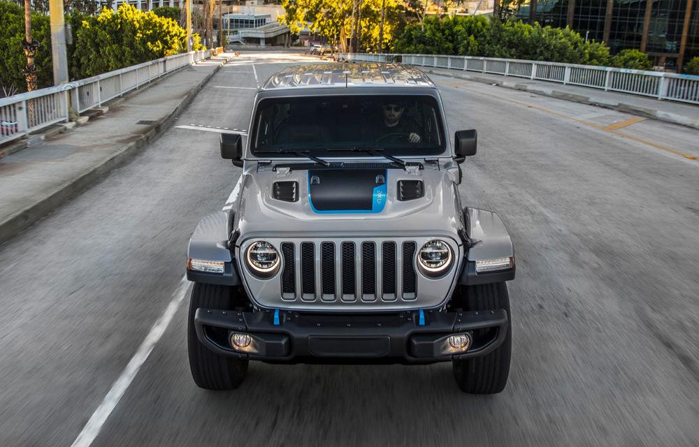 Jeep Wrangler primește versiune plug-in hybrid: 381 de cai putere și autonomie electrică de 40 de kilometri - Poza 4