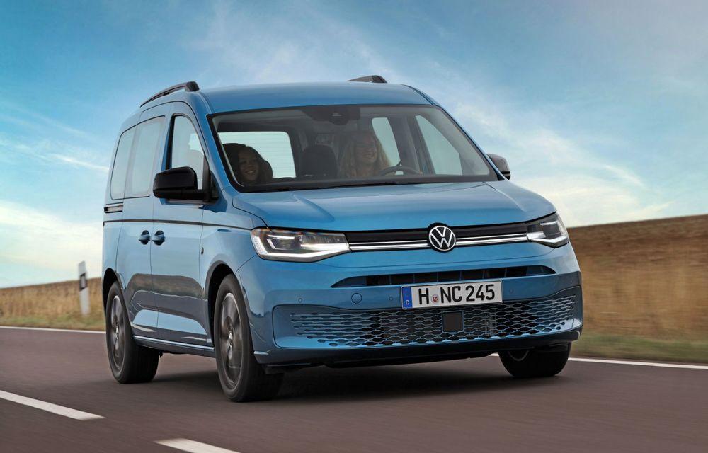 Volkswagen a prezentat noul Caddy California: camper van-ul are un pat cu arcuri cu o lungime de aproape 2 metri și o bucătărie de mici dimensiuni - Poza 3