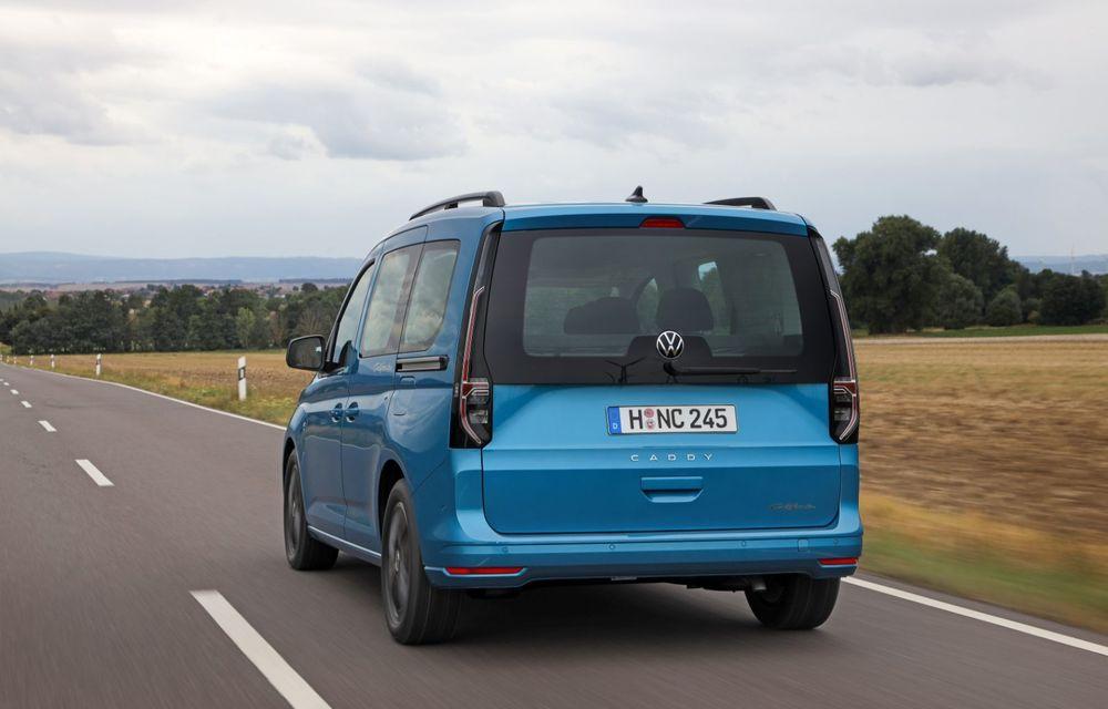 Volkswagen a prezentat noul Caddy California: camper van-ul are un pat cu arcuri cu o lungime de aproape 2 metri și o bucătărie de mici dimensiuni - Poza 5
