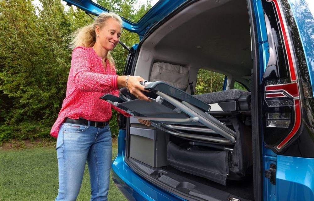 Volkswagen a prezentat noul Caddy California: camper van-ul are un pat cu arcuri cu o lungime de aproape 2 metri și o bucătărie de mici dimensiuni - Poza 13