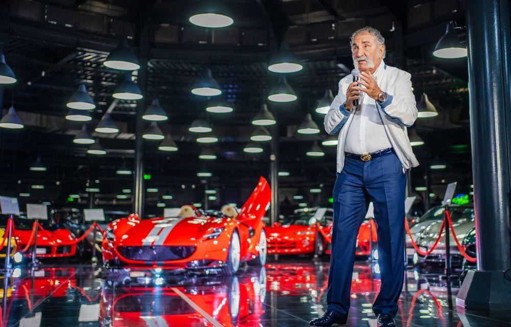 Galeria Țiriac Collection s-a îmbogățit cu un exemplar Ferrari Monza SP2: modelul este echipat cu cel mai puternic V12 aspirat natural din istoria companiei - Poza 2