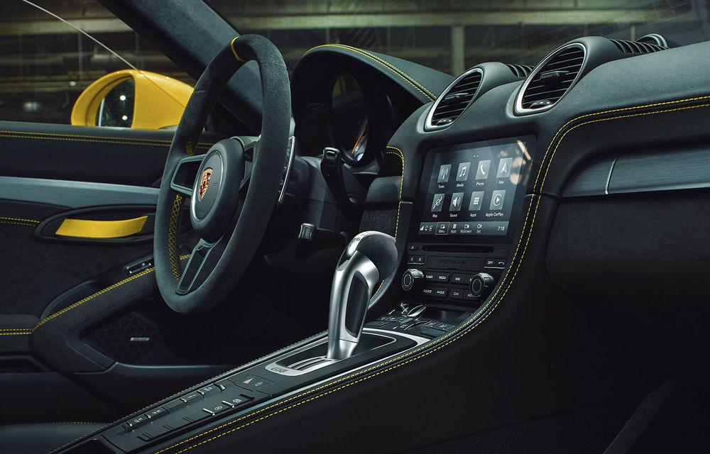 Noutăți pentru Porsche 718 Cayman și 718 Boxster: transmisie automată cu șapte trepte pentru versiunile GTS 4.0, GT4 și Spyder - Poza 3