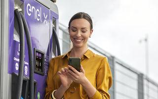 Rețeaua Enel X se extinde în România: 10 stații de încărcare rapidă pentru mașini electrice vor fi instalate în benzinării OMV și Petrom