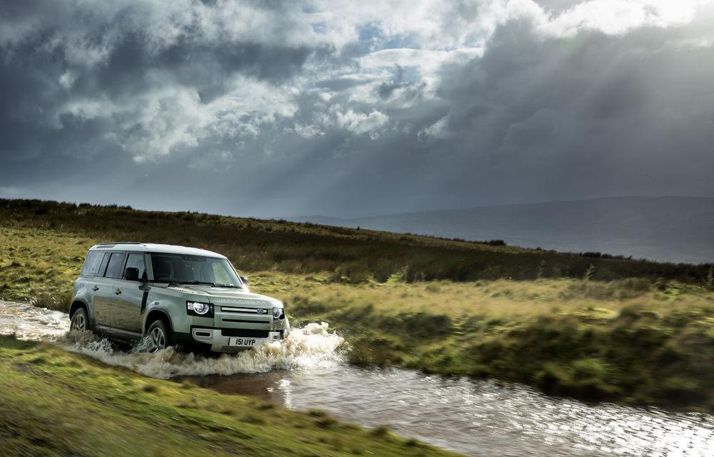 Land Rover Defender primește versiune plug-in hybrid: peste 400 de cai putere și autonomie de 43 de kilometri - Poza 10