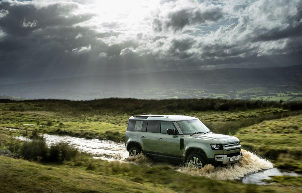 Land Rover Defender primește versiune plug-in hybrid: peste 400 de cai putere și autonomie de 43 de kilometri - Poza 8