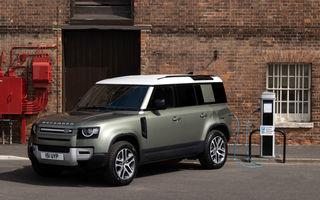 Land Rover Defender primește versiune plug-in hybrid: peste 400 de cai putere și autonomie de 43 de kilometri