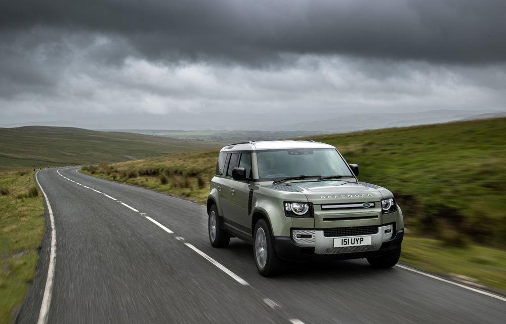 Land Rover Defender primește versiune plug-in hybrid: peste 400 de cai putere și autonomie de 43 de kilometri - Poza 18