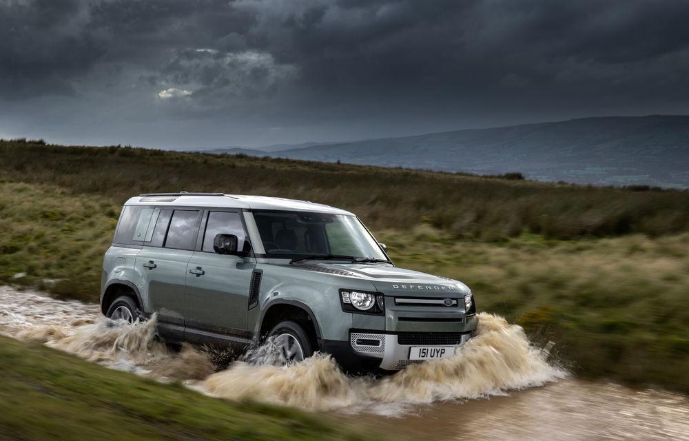 Land Rover Defender primește versiune plug-in hybrid: peste 400 de cai putere și autonomie de 43 de kilometri - Poza 11