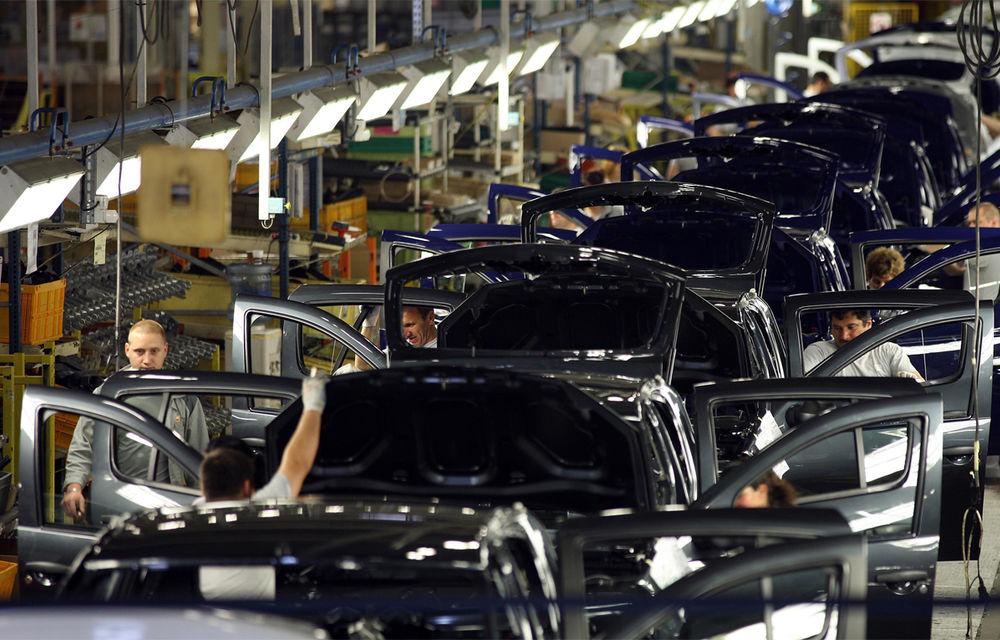 Producția auto națională după primele 8 luni: creștere de aproape 14% pentru Ford, în timp ce Dacia înregistrează o scădere de peste 36% - Poza 1