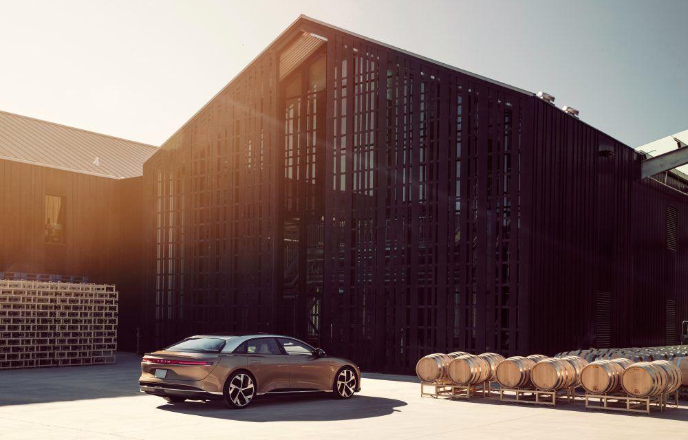 Sedanul electric Lucid Air a fost prezentat: rivalul lui Tesla Model S are până la 1.080 de cai putere și autonomie de până la 827 de kilometri - Poza 3