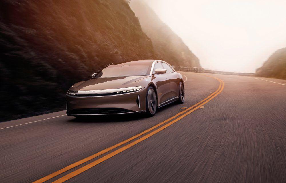 Sedanul electric Lucid Air a fost prezentat: rivalul lui Tesla Model S are până la 1.080 de cai putere și autonomie de până la 827 de kilometri - Poza 2